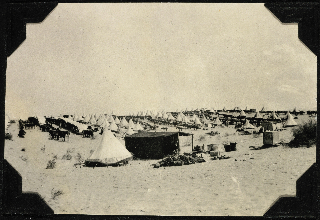 New Zealand Mounted Rifles encampment at Bir el Maler, Egypt.. Powles family :Photographs. Ref: PA1-q-604-33-3. Alexander Turnbull Library, Wellington, New Zealand.